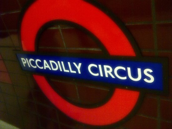 """Piccadilly circus"""